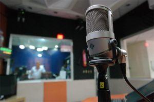 Mercato des radios: Guillaume Durand chez NRJ, Ruquier chez Skyrock, Zemmour sur Tropiques FM ?