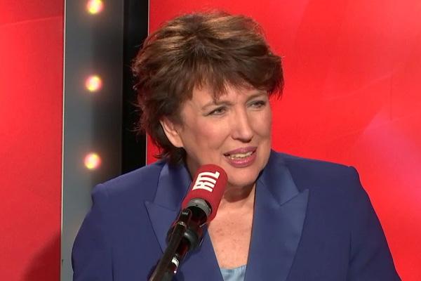 Roselyne Bachelot arrête la télévision pour se lancer en politique