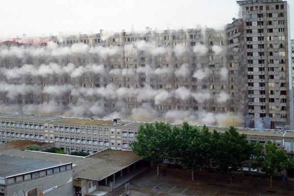 Il utilise une machine Nespresso dans son appartement en travaux: l'immeuble s'effondre