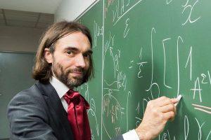 S'il est élu, Cédric Villani imposera un test de mathématiques à tous les Parisiens